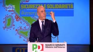 Maurizio Crozza imita Marco Minniti