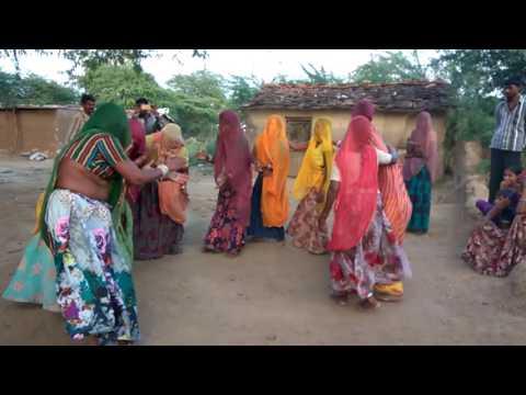 Gujjaradi - ritualistic wedding dance by Banjara (gypsy) women