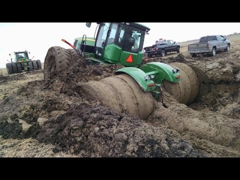Tractor stuck in mud compilation 2015 NEW