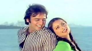 Aaj Kal Paon Zameen Par - Rekha, Lata Mangeshkar, Ghar Romantic Song