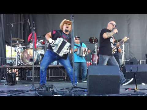 Grupo Vida Reunion at New Braunfels TX CrawFest 2017