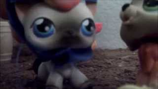 LPS: The Evil Queen and the Kind Princess (Episode #2: The Market is no place for a princess)
