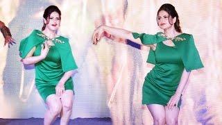 Zareen Khan's HOT LIVE DANCE Performance On KHALLAS VEERAPPAN Song
