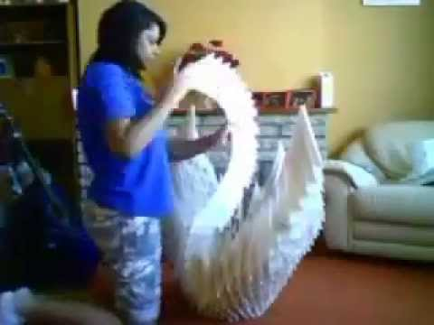 Extreme Origami Giant Swan