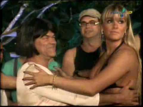 Pânico Na TV 06 06 2010 Gincana da Salsicha com as Panicats Juju beija Rodela de Lingua