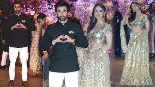 Ranbir Kapoor Shows LOVE For GF Alia Bhatt At Akash Ambani & Shloka Mehta's Engagement Celebration