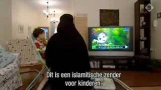 A Day Into The Life Of A Muslim Wife In Saudi Arabia 1/2. Islam Honours & Respects Women's Virtues