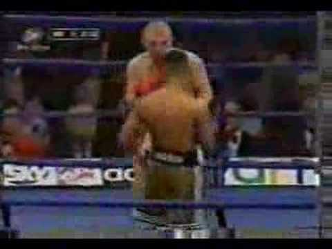 Prince Naseem ko s in the first round