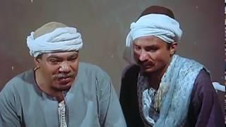 لحظة مقابلة عم بكري لأبنه حسين أول مره | فيلم الإنسان يعيش مرة واحدة