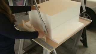 Using this new hot wire EPS foam molding and shape cutter