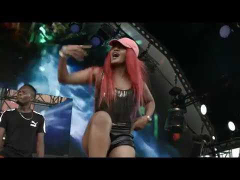 Xxx Mp4 Babes Wodumo Live At Vivo Nation 3gp Sex