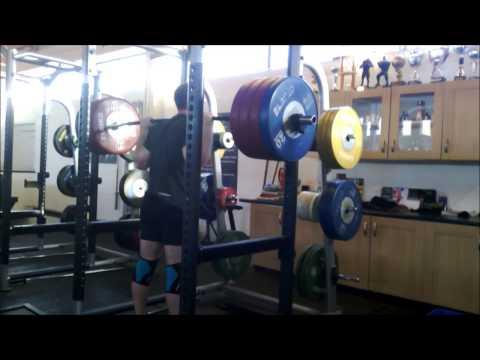Tom Hibbert- 210kg x 6 Back Squat (+1 X-Rep)