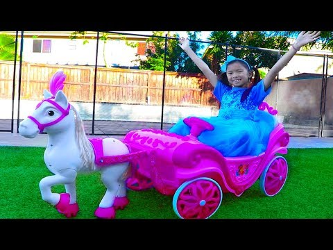 Wendy Pretend Play w Princess Ride On Horse Carriage & Dress Up Kids Toy