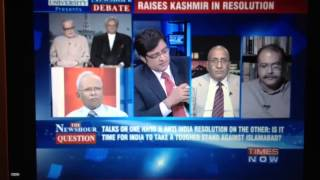Arnab Goswami at his best in replying to Pak panellist. Describing Indian Hawk, Dove and Jholawalas