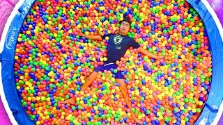 GIANT TRAMPOLINE BALL PIT!