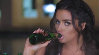 Abigail Ratchford How To Eat a Banana