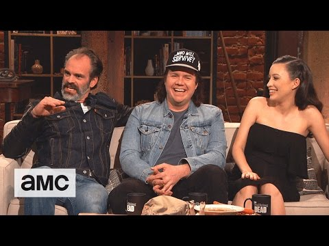 Talking Dead Who Would Win in a Fight Jesus or Chuck Norris Fan Questions Ep. 714