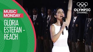 Reach - Gloria Estefan @ Atlanta 1996 Closing Ceremony | Music Monday