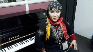 Wawancara lengkap dgn Ully Sigar Rusadi ttg tema film My Journey,Mencari Mata Air produksi Vidi Vici