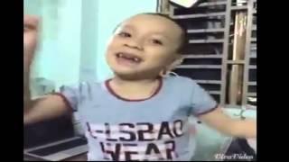 Cậu bé ''Hồng Hài Nhi'' thách thức danh hài - [Cover] Hit Một Nhà