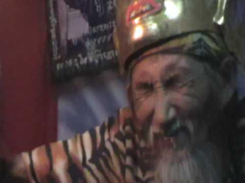Lersi Tafai fire eating ฤาษีตาไฟ