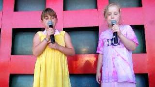 Jenna & Anja @ Great America on 7-11-09