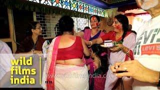 Bipasha Basu's (Bollywood actress) mom in Kolkata sindur khela: Durga puja