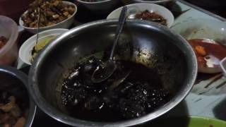 Indonesia Street Food : Masakan Brebes Warung Ibu Kamilah//390//Seri I