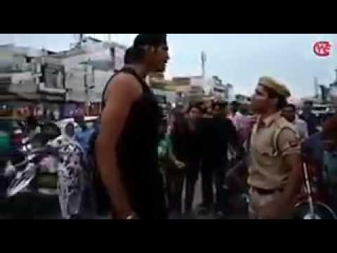 Indian big show chokeslam to police 🤣