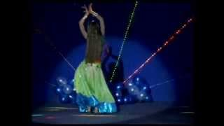 Aaja Nachle - Indian Dance