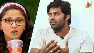 Arya Interview : Liplock is most difficult for me | Inji Iduppazhagi