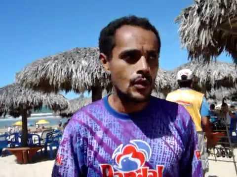 Vendedor de picolé aloprado da Praia do Futuro em Fortaleza CE