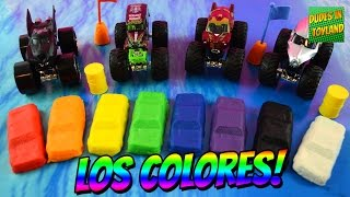 Aprende los colores con camiones monstruos // Learn Spanish colors with monster truck play doh