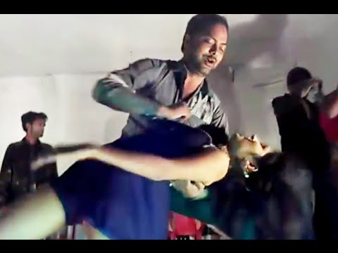 Xxx Mp4 Arkestra Stage Dance By Sexy Girl On Bhojpuri DJ Song 3gp Sex