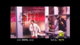 Sakil khan Sabnur Riaz Bangla movie songs Ghomiye Thako go sojoni Foler Bisanay   YouTube