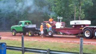white plains Ga. Tractor pull 6/27/002