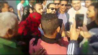 محمد رمضان مع الجمهور داخل المستشفى اليوناني اثناء تصوير فيلم اخر ديك في مصر