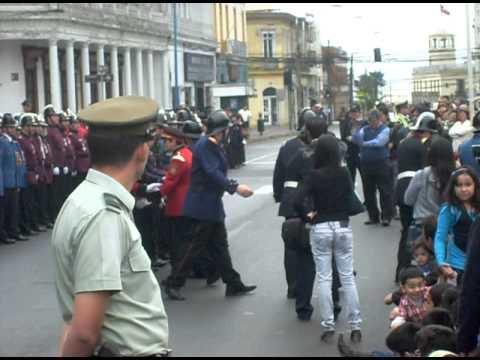 desfile de cuerpos de bomberos de iquique 2011 parte 3