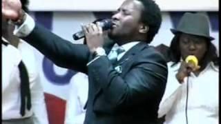 Sonnie Badu- Covenant Keeping God.