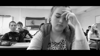 MARION ( court métrage harcèlement )