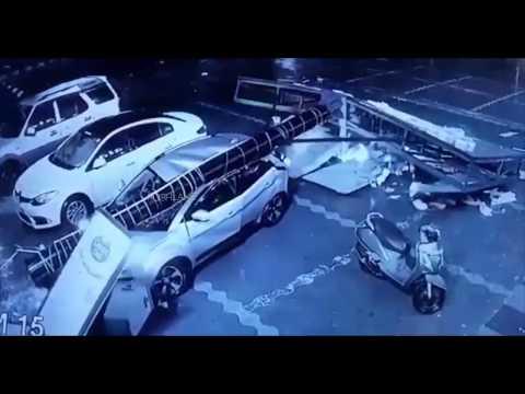 Xxx Mp4 Ad Pole Falls On Tata Nexon Passengers Safe 3gp Sex