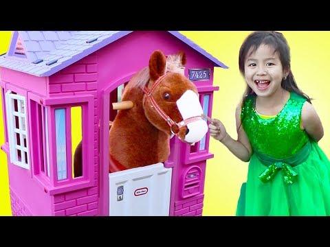 Xxx Mp4 Jannie Pretend Play With Ride On Horse Toy 3gp Sex