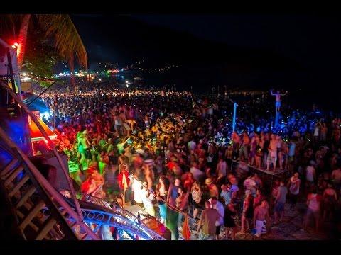 Phi Phi Islands ,Maya Bay ,