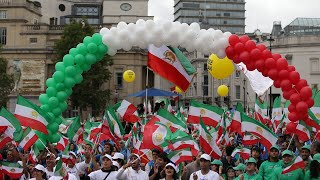 Free Iran rally in London by MEK supporters