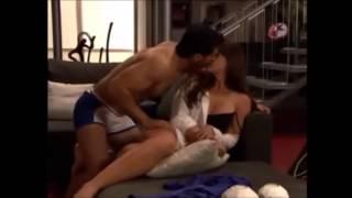 Alonso e Ivana fazem amor