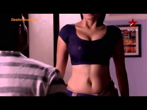 Serial aunty navel expose || 2015