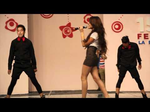 Danna Paola 15 Fest la Expo Cantando