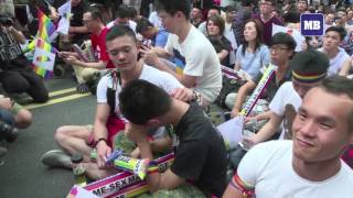 Taiwan court rules in favour of gay marriage in Asia first
