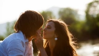How to Prepare to Make Out | Kissing Tips