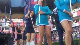 Bellísimas edecanes en el estadio Corregidora de Querétaro en el partido entre Gallos y Chivas